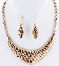 COPPER WAVY HAMMERED CAST PENDANT NECKLACE EARRING SET