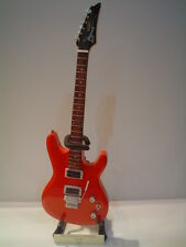 Miniature Guitar (24cm Tall) : JOE SATRIANI IBANEZ JS100