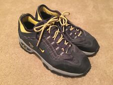 Mens Nike ACG Gore Tex hiking shoes size 7.5