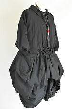 WOW; CHAMPAGNE STRUCTURED PARACHUTE BLACK LAGENLOOK  COAT SIZE L/XL