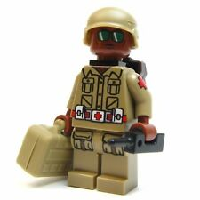 Lego GI Joe Custom - - - - - DOC  - - - Snake eyes Army Soldier green beret