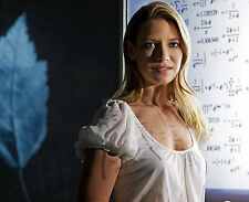 ANNA TORV 8X10 PHOTO PICTURE PIC HOT SEXY CANDID FRINGE 22