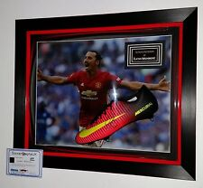 ** Zlatan Ibrahimovic of Manchester United Signed BOOT AUTOGRAPH Display  ***
