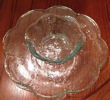 ANCHOR HOCKING Clear Pressed Glass Chip and Dip Set SAVANNAH Floral Motif