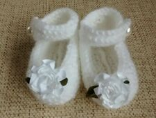 Handmade flower baby booties bnwt white 0-3 months christening, baby shower gift