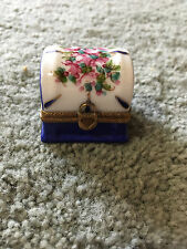 Limoges Box Peint Main Paris France Thimble trinket case flowers