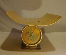 Vintage/Antique Baby/Nurse Scale weighs 30 lb.by ounces