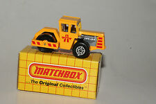 MATCHBOX #MB40 ROAD ROLLER, YELLOW W/ RED TAMPO, NEW IN BOX