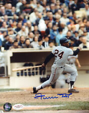 WILLIE MAYS Signed 8X10 Color MLB Baseball Photo with a JSA (James Spence) COA