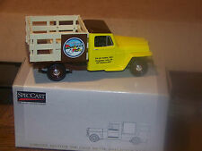 Liberty Classics 1953 WILLYS JEEP STAKE TRUCK NEW 1:25 Tip Up Town 2001