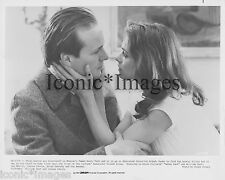 ORIGINAL 1983 PHOTO-WILLIAM HURT-JOANNA PACULA-GORKY PARK-PHOTO BY FRANK CONNOR