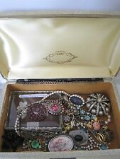 Lot  Antique & Vintage Jewellery Box Victorian Onward Exc Condition