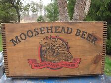 VINTAGE COLLECTIBLE MOOSEHEAD WOOD BEER CASE CRATE BOX CANADA CHECKERBOARD