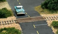 Woodland Scenics  HO  Wood Plank Grade Crossing  WOO1147