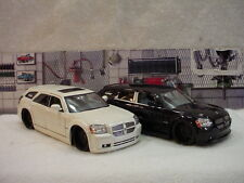 Dodge Magnum RT with Black or Chrome Wheels Your Choice 1:24th scale