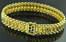 18K Solid Yellow Gold Wide  Bracelet Heavy  9 Inches  47.00 grams Diamond cut