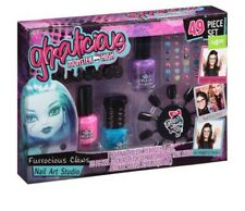 Ghoulicious Monster High Furrocious Claws 49 Piece  Nail Art Studio Set  New