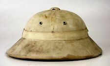 PITH HELMET. PROBABLE NORTH VIETNAMESE CIVILIAN USE. VIETNAM. CIRCA 1960.