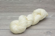 Peso calzino filato di lana merino superwash non COLORATE 100gm (merhhs 0925s)