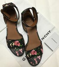NIB Auth Givenchy Black Leather Floral Rose Shark-Tooth Flat Sandals SZ 40.5 EU