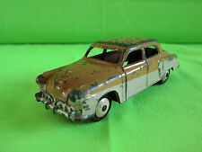 DINKY TOYS  1:43   STUDEBAKER  4 DOORS  -  RARE SELTEN IN GOOD CONDITION