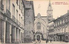 CPA 66 PERPIGNAN PLACE GAMBETTA ET CATHEDRALE