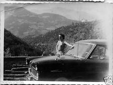 Voiture ancienne sur la route de Chiavari Italie - photo ancienne an. 1950