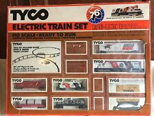 Vintage Tyco HO Scale Spirit Of 76 Electric Train Set Diesel Engine Freight Cars