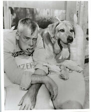 LEE MARVIN vintage 8x10 b/w photo with dog 1960's