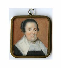 17 CENTURY? MINIATURE PORTRAIT OF A LADY WITH PERLE NECKLACE AND HAIR COMB