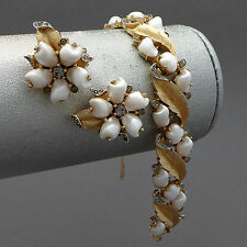 VINTAGE CROWN TRIFARI SORRENTO RHINESTONE BABY TOOTH PEARL EARRINGS BRACELET SET