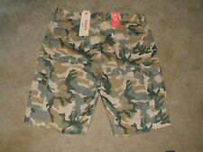 Mens New Levi's Camo Cargo Carrier Shorts Size 28