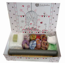Heidifeathers® Boxed Wet Felting Starter Kit - Blended Bamboo & Merino Wool