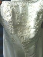 ALFRED ANGELO WEDDING GOWN STYLE #1238 / NEW / SIZE 10 / BEAUTIFUL !!