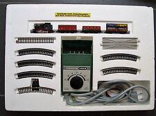 Minitrix Startpackung 1038 Dampflok mit Güterzug  Gleisoval und Trafo