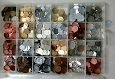 Collection of 24 world Coins, very good condition, free PVC sleeves
