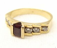 Vtg 14K Gold Garnet Cocktail Ring Sz 6.25 Diamond .26 Carat Weight Step Set