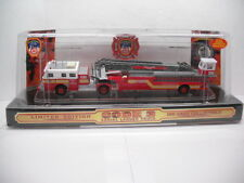 CODE 3 COLLECTIBLES FDNY SEAGRAVE LADDER TRUCK BUREAU OF TRAINING 1/64 SCALE