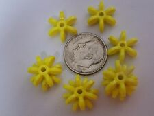 100 14mm Bright Yellow Star Starburst Snowflake Cartwheel Sunburst Beads