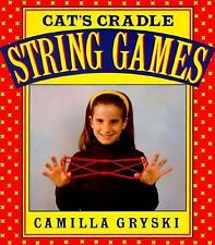 Cat's Cradle, Owl's Eyes: A Book of String Games Gryski, Camilla Paperback