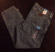 NWT Wrangler Cool Vantage Jeans B&T Size 50 X 32 Regular Fit