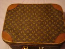 Louis Vuitton Medium Vintage Case.  Hand Luggage/Weekend/Overnight etc