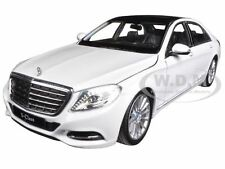 MERCEDES S CLASS WHITE 1/24 DIECAST CAR MODEL BY WELLY 24051