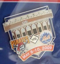 2009 CitiField 1st Pittsburgh Pirates vs NY N.Y. New York Mets lapel pin