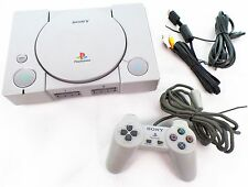 Playstation 1 Konsole + original Controller + alle Kabel + 1 Spiel / PS1