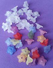 100 acrylique fleur perles 10mm fleur en forme de ~ 50 blanc & 50 couleurs mélangées