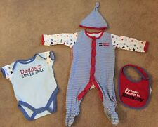 Baby Boys Mothercare Babygrow Vest Hat & Bib Set Mummy Daddy 0-3 Months Cute !