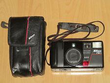 Nikon TW2 - Originale Tasche & Trageriemen rot/weiß - 35/70mm Macro Soft Effect