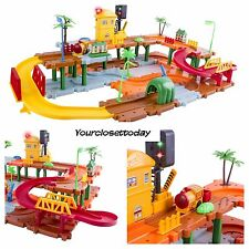NEW Holiday Electric Battery Train Track Set Tunnel Traffic Lights Kids Toy Gift