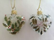 Gisela Graham Set of 2 Glass heart Christmas Decorations Holly Mistletoe